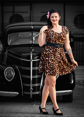 """Deluxe """"Pinup"""" (RaulCano82) Tags: ford deluxe 1938 1938forddeluxe car auto automobile model dallas carrollton texas tx female girl dtx raulcano canon 80d photography portrait chrome vintage tattoo tattoos ink inked"""