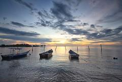 IMG_2573 ~ ketenangan senja (achem74) Tags: sunset sundown beach coast landscape seascape shoreline boats portdickson negerisembilan malaysia travel place trip canon eos700d canoneos700d sigmalens 10mm20mm wideangle