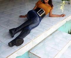 Wide belt 20191129_074338 (ikat.bali) Tags: gürtel fashion outfit outdoor garden garten fetish jeans skirt frau amateur photomodel widebelt fotomodell sexy girl ceinture cinturón ремень 带 ベルト belt thắtlưng 벨트 cintura เข็มขัด बेल्ट lady woman breitegürtel boots stiefel blackbelt
