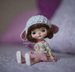 Little Sheep Mona (_babycatface_) Tags: babycatface babycatfacedollies custom customblythe customdoll cute cutiepie doll dollphotography dollcustom dollrepaint toy toyphotography repaint repainted