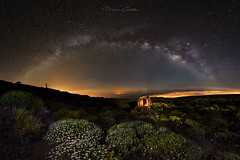 I want the time to stop at this moment. I want to close my eyes and find a better world when I return to my home. (Beatriz-c) Tags: astrophotography astrofotografía sky cielo stars estrellas tenerife canary islands islas canarias astronomia milkyway vía láctea space espacio cañadas noche night universe universo nocturno long exposure larga exposicion adventure aventura travel traveling viajar viaje parque nacional national park