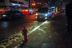 2101/1714 (june1777) Tags: snap street alley seoul night light canon eos 5d nikon nikkor 28mm f28 ais 28mmf28ais 1600 clear gwanhundong vin9