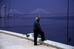 Ponte Vasco da Gama, Lisboa (bruno vanbesien) Tags: lisboa portugal bridge engineering river