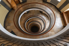 Copenhagen Stairs (Frank Guschmann) Tags: kopenhagen treppe treppenhaus staircase stairwell escaliers architektur stairs stufen steps escaleras frankguschmann nikond500 d500 nikon