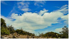 Al otro lado te alcanzo / On the other side I reach you (Claudio Andrés García) Tags: nubes clouds cielo sky skyscape naturaleza nature primavera spring montaña mountain fotografía photography shot picture cybershot flickr naturewatcher