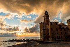 Sunset in Camogli (Antonio Cinotti ) Tags: liguria rivieradilevante genoa genova sea seascape italia italy nikond500 nikon camogli d500 mare tramonto sunset