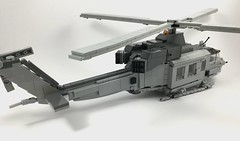 UH-1Y Venom (3) (Lonnie.96) Tags: lego brick model moc own creation usmc 2001 2008 united states america marine corp helicopter bell 2019 december heli twin seat cockpit air assault grey gray dark bley rotor body tail 26 uh1z venom service engine medium size utility upgrade