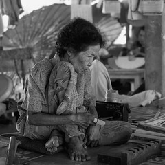 Moment 98 (slon69) Tags: thailand asia old woman