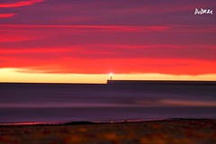 A symbolic lighthouse in the midle of a spanish republican flag, no editing. (AmenHopHis) Tags: pentacon135mm vintagelens vintage sea beforesunrise sunrise longexposure republican lighthouse republica faro