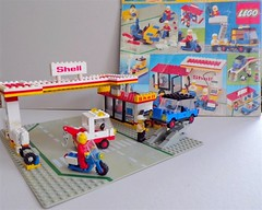 Lego 6371 Station service Shell (Zoltar72) Tags: lego classic town
