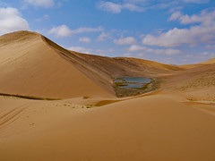 Lake in the desert (heikebeudert) Tags: desert gobi china sand sanddunes dunes wüste weite landschaft landscape travel outoor nature wilderness