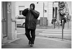 DSCF6244 (srethore) Tags: photo de rue street bw candid people 7artisans 35mm