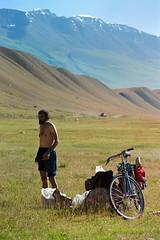 [125] (fotor0man[TianShan2002]) Tags: ef100300f4556usm eos300 mountains tyanshan morning asia kyrgyzstan dslrscan negativelabpro cycling people