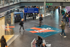 AVANTI Manchester Piccadilly (JCDecaux Creative Solutions) Tags: avanti manchesterpiccadilly jcdecauxcreativesolutions station rail domination takeover multiple vinyl floor media digital