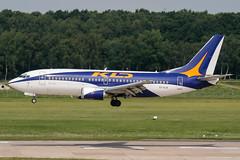 EI-DJS (PlanePixNase) Tags: aircraft airport planespotting haj eddv hannover langenhagen kd avia kdavia boeing 737 737300 b733 733