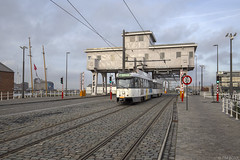 Mexicobrug (Tim Boric) Tags: antwerpen mexicobrug kattendijkdok oostkaai mexicostraat tram tramway streetcar strassenbahn pcc delijn houtdok