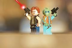 LEGO Han Solo and Greedo (weeLEGOman) Tags: lego han solo greedo bounty hunter who shot first star wars new hope empire strikes back return jedi laser blast minifigure minifigures figbarf toy macro photography outdoors outside uk nikon d7100 105mm robert rob trevissmith weelegoman