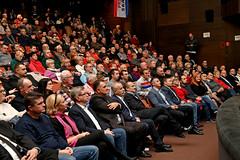 Predsjednički kandidat Zoran Milanović održao predizborni skup u Čakovcu, prosinac '19 (zoran.milanovic) Tags: croatia zoranmilanovic predizborniskup predsjednickikandidat hrvatska čakovec izbori predsjednickiizbori predsjednikskarakterom izbori2019 izborizapredsjednikarepublikehrvatske republikahrvatska