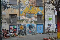 """DSC_4943_5824. Torino - Borgo Dora -""""No sfratti"""" - """"No evictions"""" (angelo appoloni) Tags: piemonte torino borgo dora angolo colorato"""