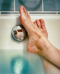 Epsom Salts (.Betina.) Tags: betinalaplante bb 2019 bath bathtub water colour color blue feet woman self selfportrait reflection portraiture portrait