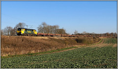 70005, Althorp (Jason 87030) Tags: 2012 december green freightliner engineers althrp fields lineside shot sunny weather bluesky cargo transport yellow class70 fugly ugly diesel engine locomotive northants wcml northamptonshire bescot 70005