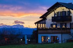 Forsthaus Ilkahöhe mit Zugspitze (Fliwatuet) Tags: ausflug ilkahöhe tutzing zugspitze alps dusk colorful mountains bayern bavaria germany restaurant explore inexplore
