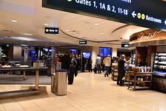 DSC_7900 (earthdog) Tags: 2019 needstags needstitle nikon d7500 nikond7500 18300mmf3563 travel businesstravel airport sandiego san indoor