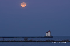 Lorain Moon (mjcarsonphoto) Tags: lorain lakesidelanding sunrise moonset lighthouse