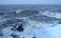 Nightly icy sea near Boston (Nailand) Tags: icybeach sea beachbay beach waves waterfront winter night nightlyicysea boston