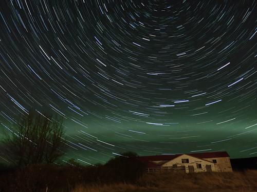 Aurora with 30 min star trails