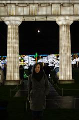 Katie in Zeus Temple (Frostie2006) Tags: longleat festival light festivaloflight wiltshire bath nikon d500 nikond500 peter frost peterfrost christmas