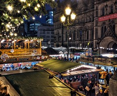 Manchester Christmas Markets 2019 (Tony Worrall) Tags: welovethenorth nw northwest north update place location uk visit area attraction open stream tour photohour photooftheday pics country item greatbritain britain british gb capture buy stock sell sale outside dailyphoto outdoors caught photo shoot shot picture captured ilobsterit instragram gmr manchester manc city german festive xmas christmas market street candid people fun event annual lit lights bright stalls goods