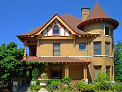Wisconsin (US Department of State) Tags: universityofwisconsin agriculturaldeanshouse allencentennialgardens madison wisconsin queenanne architecture nationalregisterofhistoricplaces