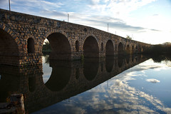Puente Romano (rmtron) Tags: bridge roman merida spain europe reflections guadianariver river water