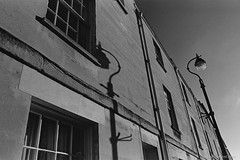20191129_LunchBreak_FA_28-f2.0_Orange-filter_DoubleX_D96_11_web (Bossnas) Tags: 2019 28mm 35mm bw d96 doublex eastman f20 fa film lunchhour nikon orangefilter oxford pakon