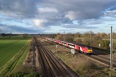 43313 - Marholm - 09.12.2018 (Tom Watson 70013) Tags: class43 43313 hst lner 43311 marholm ecml peterborough train railway footbridge hurn lane