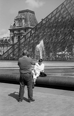 untitled (Oriol Puchol) Tags: louvre street streetphoto film bnw photo paris france