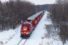 CP Holiday Train (shawn_christie1970) Tags: plymouth minnesota unitedstatesofamerica rebuilt emd gp20ceco train passenger christmas railroad cp cppaynesvillesub holidaytrain winter cp2246