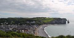 Acantilados de Etretat (Heleplatas) Tags: etretat acantilados normandía aiguilleetlafalaise elojodelaaguja playa cliffs normandy