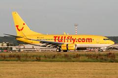 D-AHXA (PlanePixNase) Tags: eddl dus dusseldorf düsseldorf airport aircraft planespotting lohhausen tui tuifly boeing 737700 b737 737