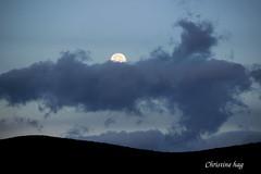 _MG_9965 (christine chagia) Tags: moon lune φεγγάρι clouds nuages
