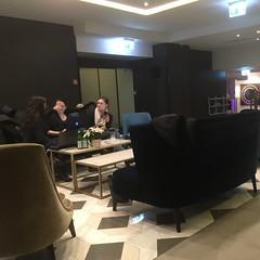 Lobby (viernullvier) Tags: squareformat