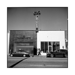 black and white • los angeles, california • 2018 (lem's) Tags: leader building black white noir blanc street rue architecture los angeles california rolleiflex t