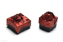 Origami Rose Box (Shin Han-Gyo) (De Rode Olifant) Tags: origami origamirosebox origamibox shinhangyo marjansmeijsters diagrams 3d rose origamirose paper papiroflexia ousaconventionbook2011 box origamirosebox8section origamirosebox12section