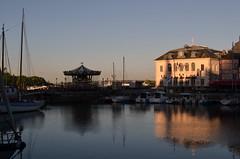 Puerto de Honfleur (Heleplatas) Tags: puerto honfleur normandía france tíovivo carrusel hoteldeville