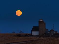 Moon over the Heartland (wdterp) Tags: moon moonrise farm barn country countryside rural silo dusk