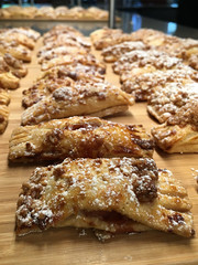 Apple Oat Streusel Hand Pie (Howard Narvaez) Tags: apple oat streusel pie dessert yum treat snack linkedin food bokeh