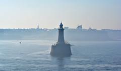 Goodbye, Newcastle upon Tyne 2019 (matthias416) Tags: england sea meer hafen haven harbour nebulae fog haze nebel dunst lighthouse leuchtturm nikon yourbestoftoday