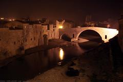 FR11 3395 Le Pont de l'Abbaye et la rivière l'Orbieu. Lagrasse, Aude, Languedoc (Templar1307) Tags: lagrasse aude languedoc languedocroussillon occitanie france lagrassa night longexposure canon1d bridge pont rivierelorbieu river orbieu pontdelabbaye