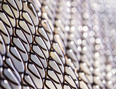 chainlink bokeh fence (marianna armata) Tags: chainlink fence wire metal urban pattern manmade sdof mariannaarmata